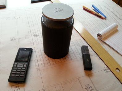 Futuristisches Design - schnurlose Konferenztelefone
